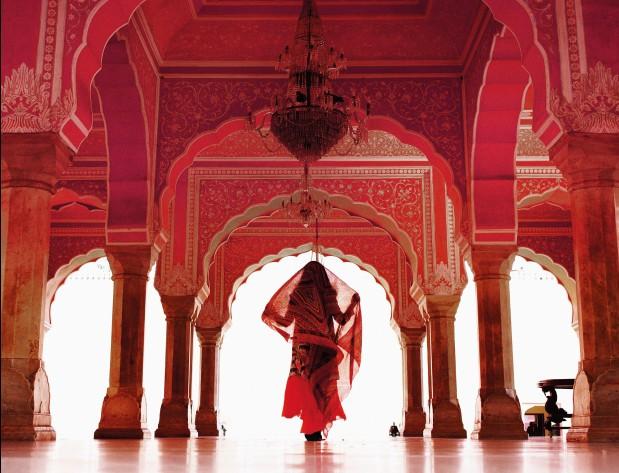 čarovná India Umelkyňa s henou